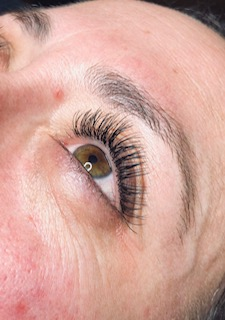 one-by-one wimperextensions by Atalanta